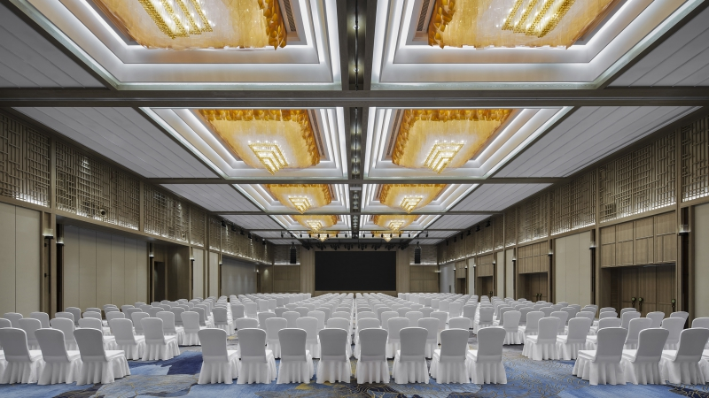 Warmly Congratulation for the completion of Sheraton Hotel Movable Wall Project in Kunming